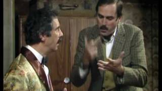 John Cleese on Manuel - Fawlty Towers - BBC