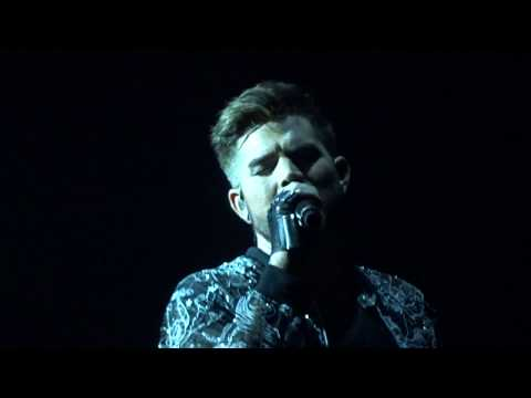 """Who Wants To Live Forever"" Sydney2 Feb22.2018 Queen + Adam Lambert"