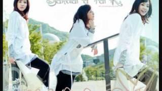 Download Kiss (boy version) - Sandara Park ft. CL [2NE1] MP3 song and Music Video