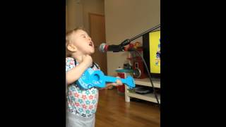 vuclip Ed Sheeran cover - Thinking Out Loud - Daniel Breki 2 year old and Heidar Ingi