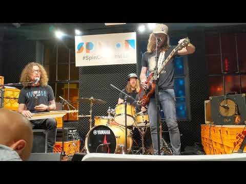 Download The Cadillac Three - Slow Rollin' Mp4 baru