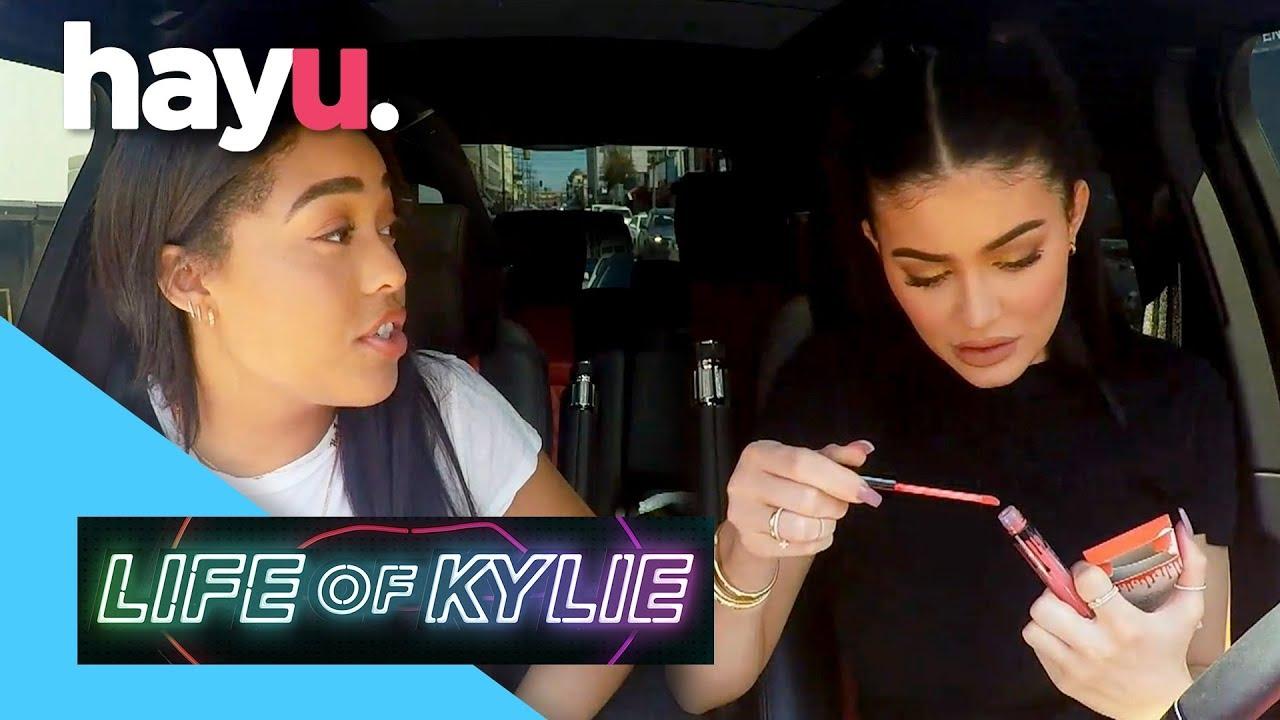 Download Jordyn Woods Helps Kylie Buy Fake Lip Kits   Season 1   Life Of Kylie