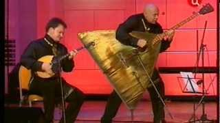 Шутка Терем-Квартета и Шутка Баха. Гениально!(, 2013-03-06T12:49:28.000Z)