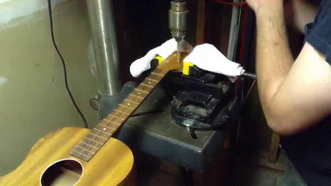 ukulele tuning machine replacement w grover tuners youtube. Black Bedroom Furniture Sets. Home Design Ideas