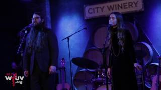 "Flo Morrissey and Matthew E White - ""Look At What The Light Did"" (Live at City Winery)"
