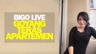 Tante Cantik Goyang di Teras Apartemen Bigo Live