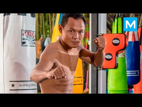 Saenchai Best Muay Thai Fighter Training | Muscle Madness