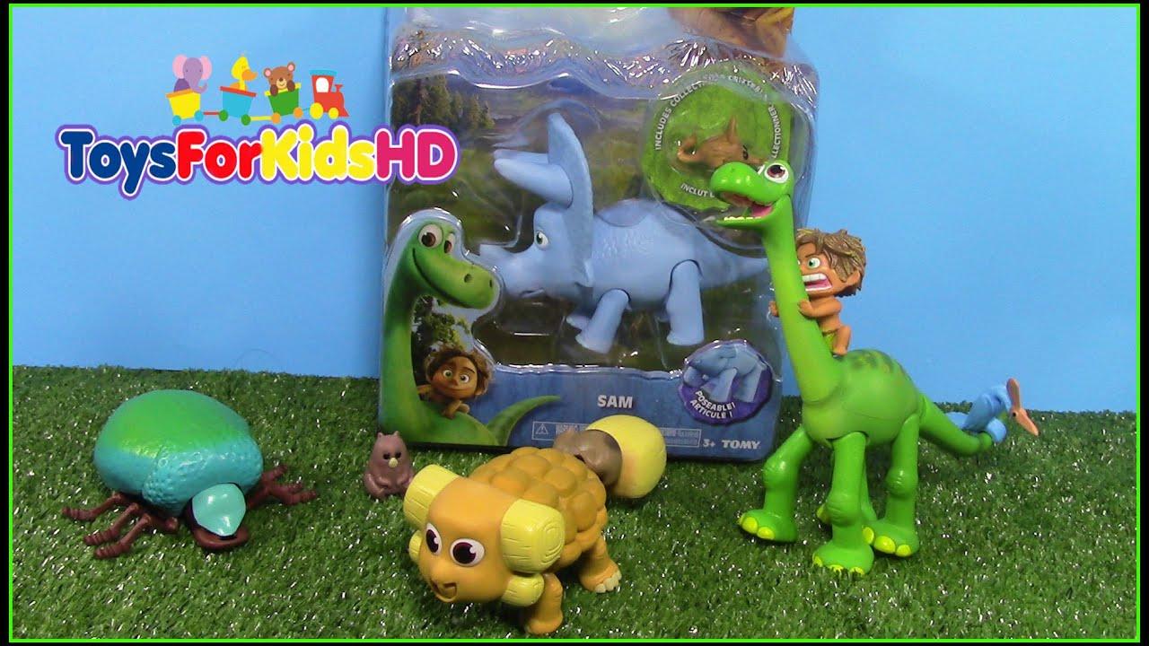 Un gran dinosaurio vivian videos de dinosaurios para for Juguetes para jardin infantil