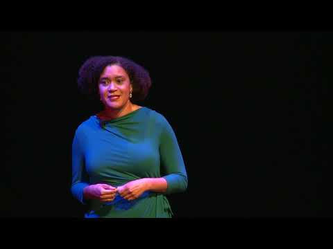 Millions Are Left Behind In The Digital Age | Elizabeth Lindsey | TEDxFoggyBottom