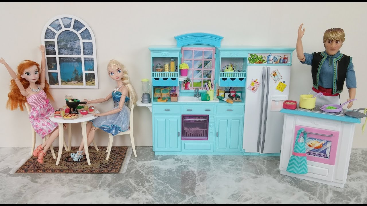 Frozen Elsa Kitchen Toy! Cooking with Kristoff Anna Barbie Doll ...