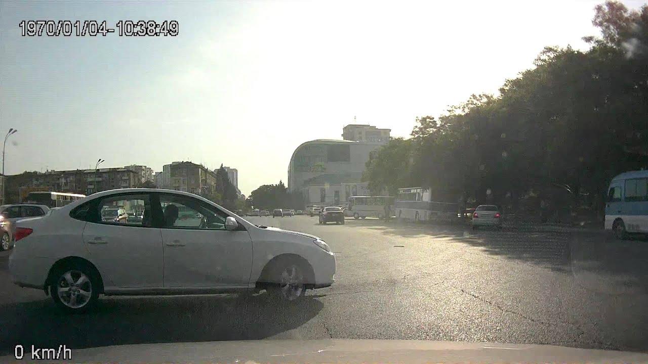 идиот на дороге