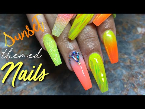 Watch me work on Queen Naija's nails! (From Chris and Queen)