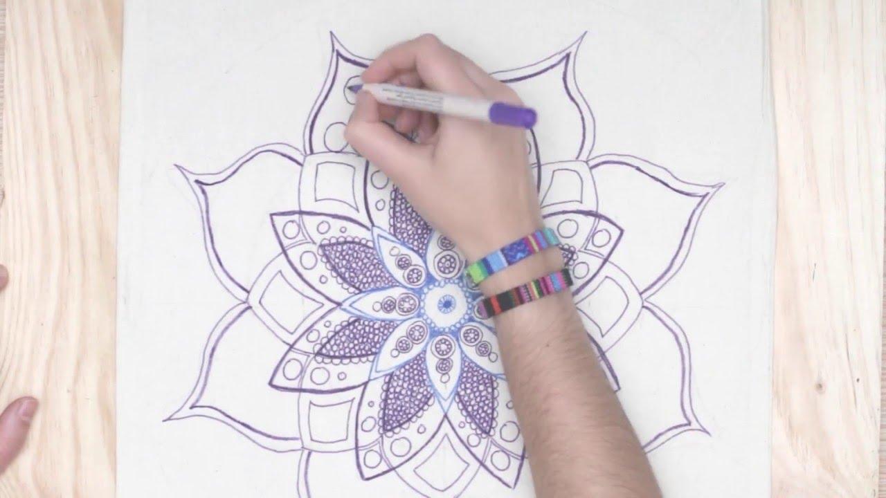Cmo dibujar a mano un mndala sobre tela  YouTube