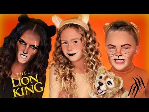 disney-the-lion-king-simba,-nala,-and-scar-dress-up!-lion-king-family-saves-simba
