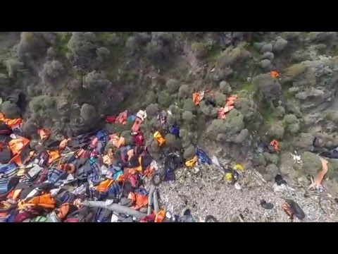 Immigrant's life jackets and boats a new marine litter