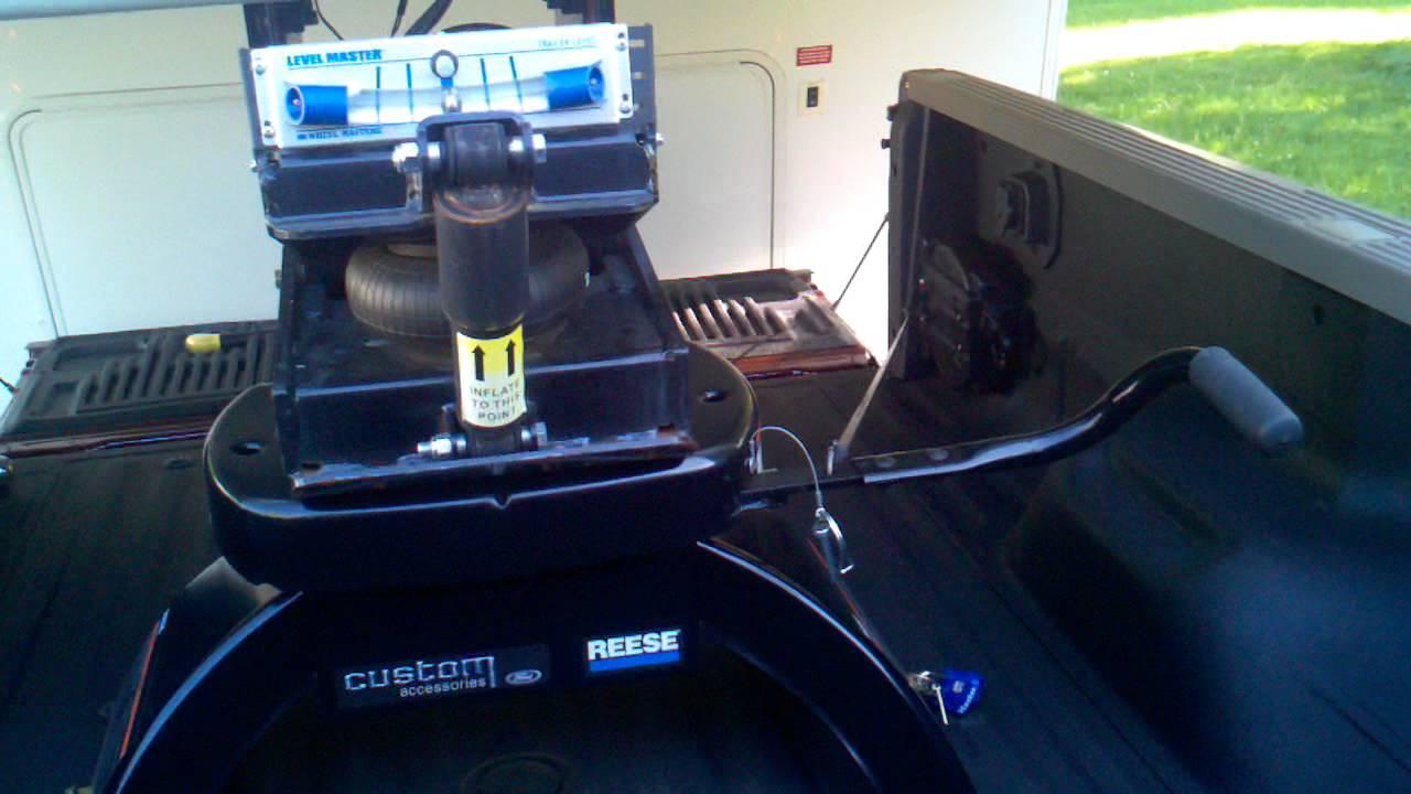 Reese Custom Ford 5th Wheel Hitch 3gp