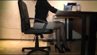 Repeat youtube video Top,sexy,stocking,girl,foot,leg, High Heels 风骚极品性感丝袜女人黑丝美腿高跟身材 6)
