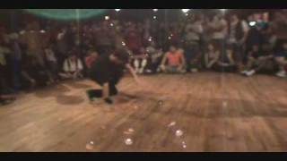 BreakerNYC.com---Breakers Delight--Phantom vs. Abstrak----Footwork Battle
