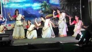 Shyama Sundara Kera Kedara Bhoomi Dance Malayalam Song by Derry Rockstars For Onam 2012