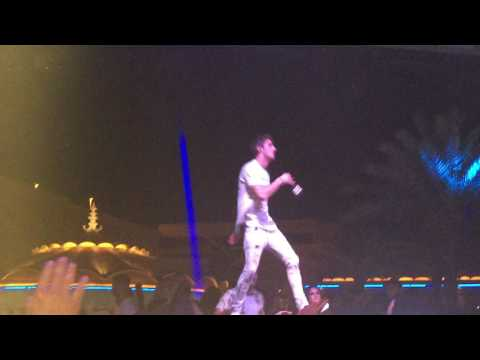 the-chainsmokers---young-live-at-xs-las-vegas-7.14.17