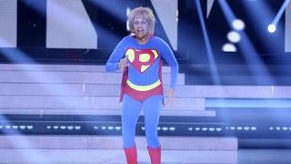 Yolanda Ramos imita a Plastic Bertrand - Tu Cara Me Suena