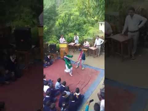 Meri bamni bamani garhwali new song dance independence dance .........