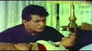 Emotional Love Scene @ Do Badan - Asha Parekh, Manoj Kumar