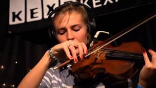 Julianna Barwick - One Half (Live on KEXP)