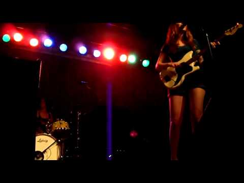 Vivian Girls - Can't get over you (27-07-2010 Barcelona) mp3