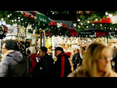 Holiday cheer for small biz at NYC's holiday market