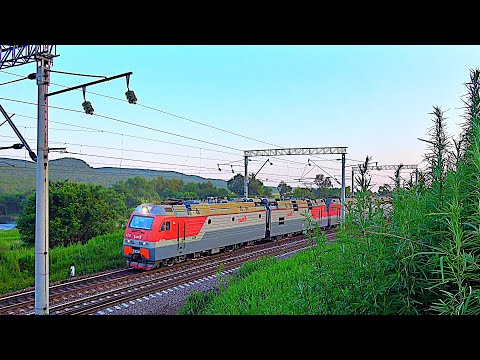 Railway. Freight Train&DoubleHeader&Pushing Locomotives/ Грузовой поезд с двумя головными и толкачем