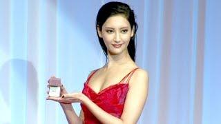 最もジュエリーが似合う著名人に贈られる「第29回 日本ジュエリーベスト...