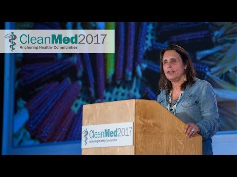 Winona LaDuke delivers CleanMed's keynote address