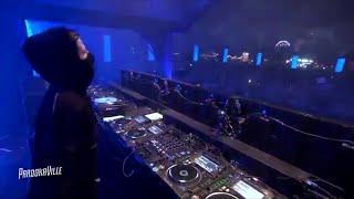 Download Alan Walker - Waiting For Love (Avicii Tribute)
