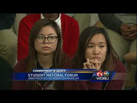 Mayoral candidates discuss topics with New Orleans high school students