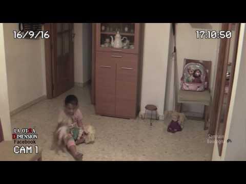 Призрак напугал маленького ребенка