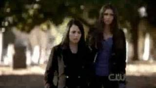 The Vampire Diaries Season 2 Episode 17: Know Thy Enemy - Isobel dies.