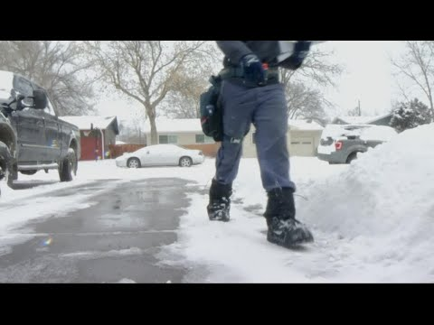 As record snowfall piles high, Billings postal carriers plow through to deliver mail