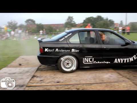 BMW e36 - Burnout i Tranum 2016 (video 22)