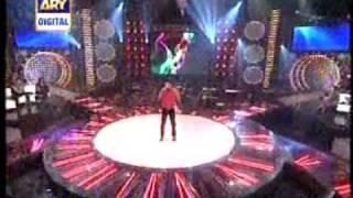 Faraz Ishaq De Gali Vich On ARY Pakistani Music Stars.wmv