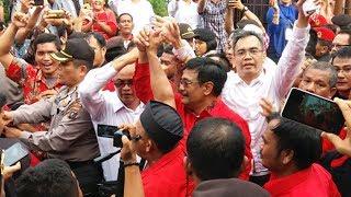 Video Djarot- Sihar Berkunjung ke Tribun Medan, Ayo Sampaikan Pertanyaanmu! download MP3, 3GP, MP4, WEBM, AVI, FLV September 2018