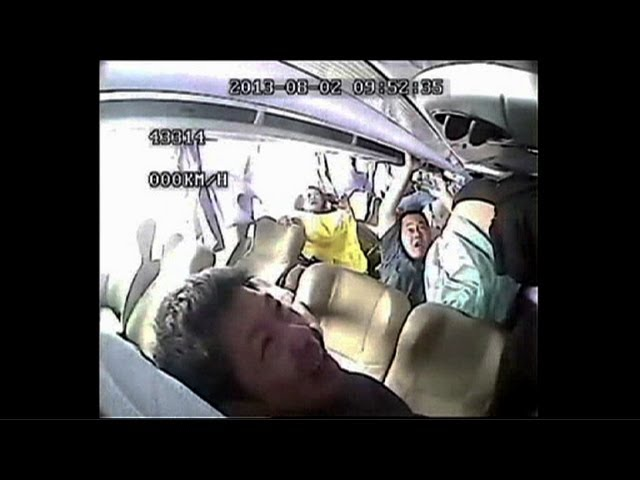 Shocking Footage Deadly Chinese Bus Crash Caught On Camera