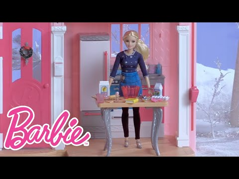 It's a Sweet Treat to Bake Holiday Cookies with Barbie | Barbie