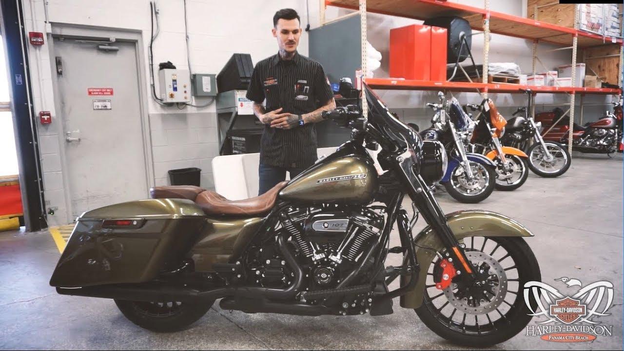 custom bike showcase custom road king special rinehart exhaust kuryakyn controls mustang seat