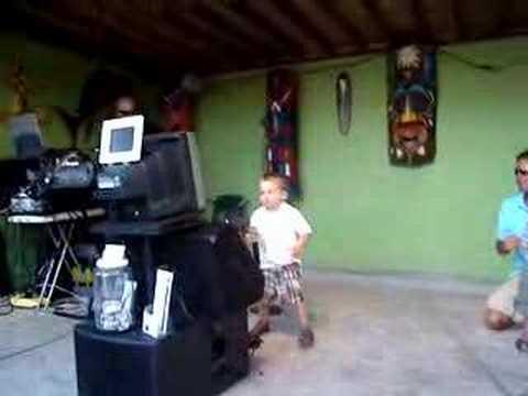 Trace Adkins Honky Tonk 3 year old Joseph Pelletie...