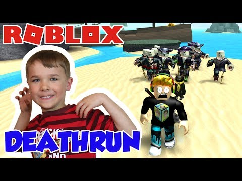 PIRATES OF THE CARIBBEAN IS CHASING ME IN ROBLOX DEATHRUN