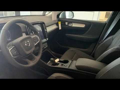 2020-volvo-xc40-t5-momentum-in-hyannis,-ma-02601