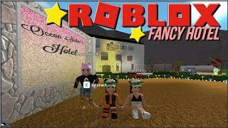 BLOXBURG BEST HOTEL!!   VACATION RUINED!!  ROBLOX ROLEPLAY 