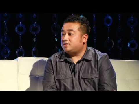 """Lam Thuy Van Show - CHu De """" Schizophrenia  """" Part 1"""