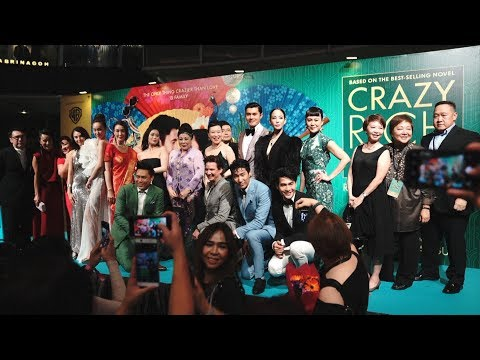 'Crazy Rich Asians' cast in Singapore premiere